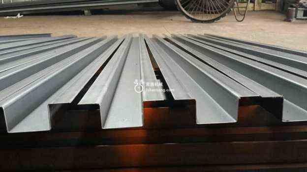 冷弯机生产型钢质量