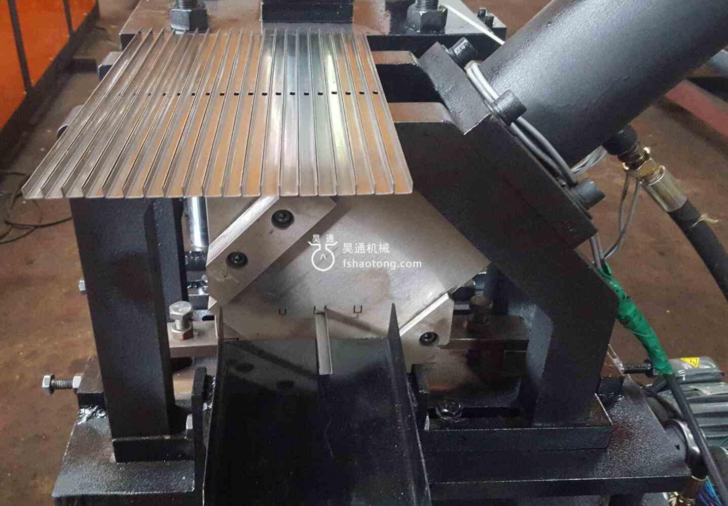 相框冷弯成型机生产出来的样品