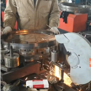 卷圆冷弯成型机视频