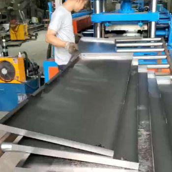 c型空调内架滚压生产线